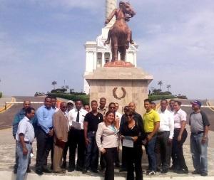 Integrantes de Ciudadanos con Guillermo.