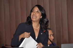 Guadalupe Valdez, Diputada de la APD.