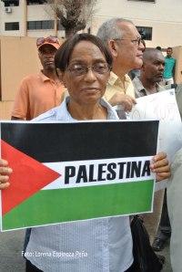 Foto piquete frente a embajada de Israel en RD.
