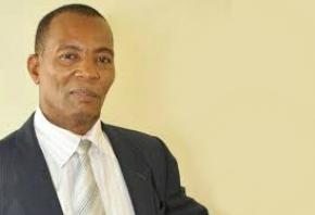 Dr. Antonio Pol Emil director del Centro Cultural-Dominico-Haitiano (CCDH).