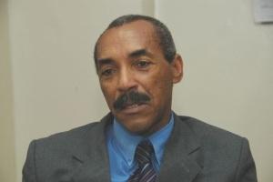 Doctor Manuel Linares, secretario general del PRP.