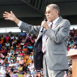 Pastor Ezequiel Molina. Foto evidenciasdigital.com