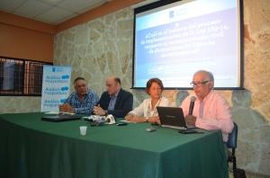 Panelistas en el Análisis de Coyuntura.