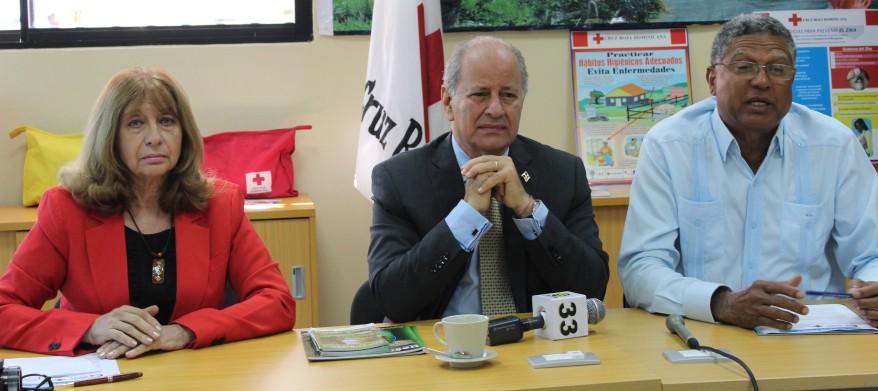 izquierda-a-derecha-jacqueline-boin-embajador-serulle-ramia-y-gustavo-lara-director-ejecutivo-c